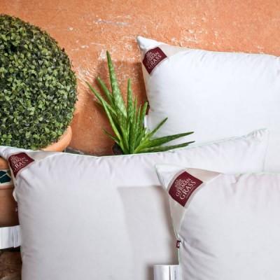 Подушка German Grass пуховая 3D Aloe Vera (размер 70х70 см)
