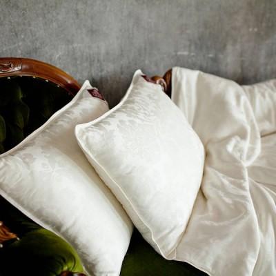 Подушка German Grass шелковая Luxury Silk (размер 70х70 см)